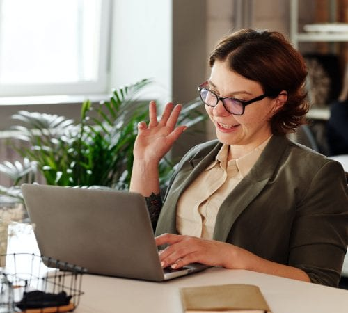 Blog post image pertaining to 4 Tips for Onboarding New Employees Remotely